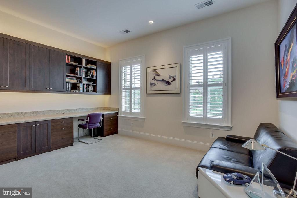 Bedroom 3 or home office - 23039 WELBOURNE WALK CT, ASHBURN