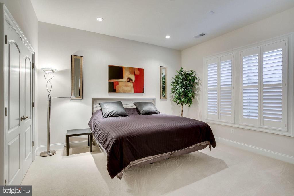 Bedroom 4 - 23039 WELBOURNE WALK CT, ASHBURN