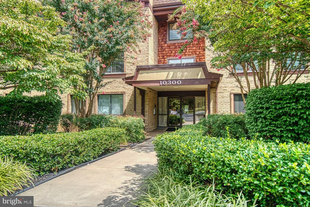 Main Building Entrance, Well-Maintained and Secure - 10300 BUSHMAN DR #210, OAKTON