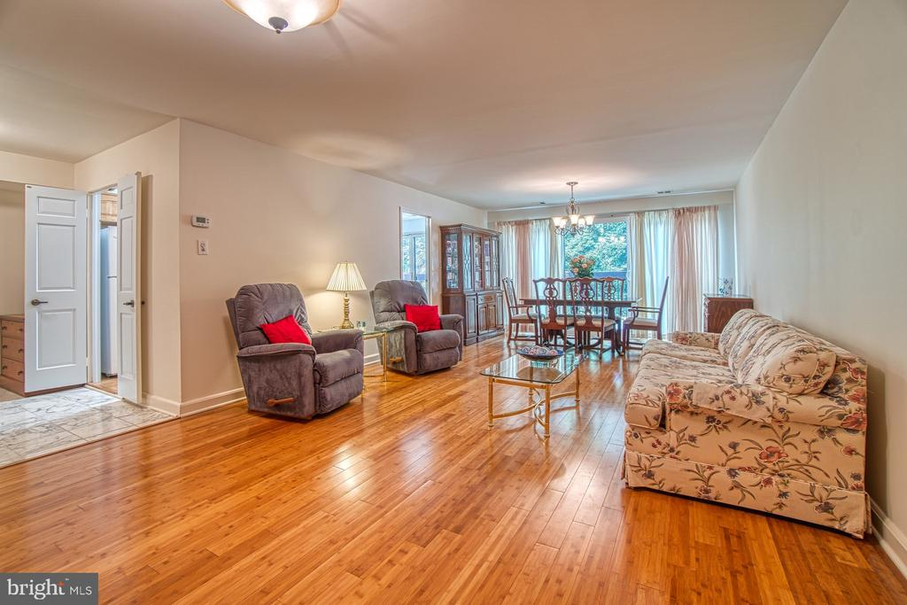 Living Room, Open to Dining Area - 10300 BUSHMAN DR #210, OAKTON