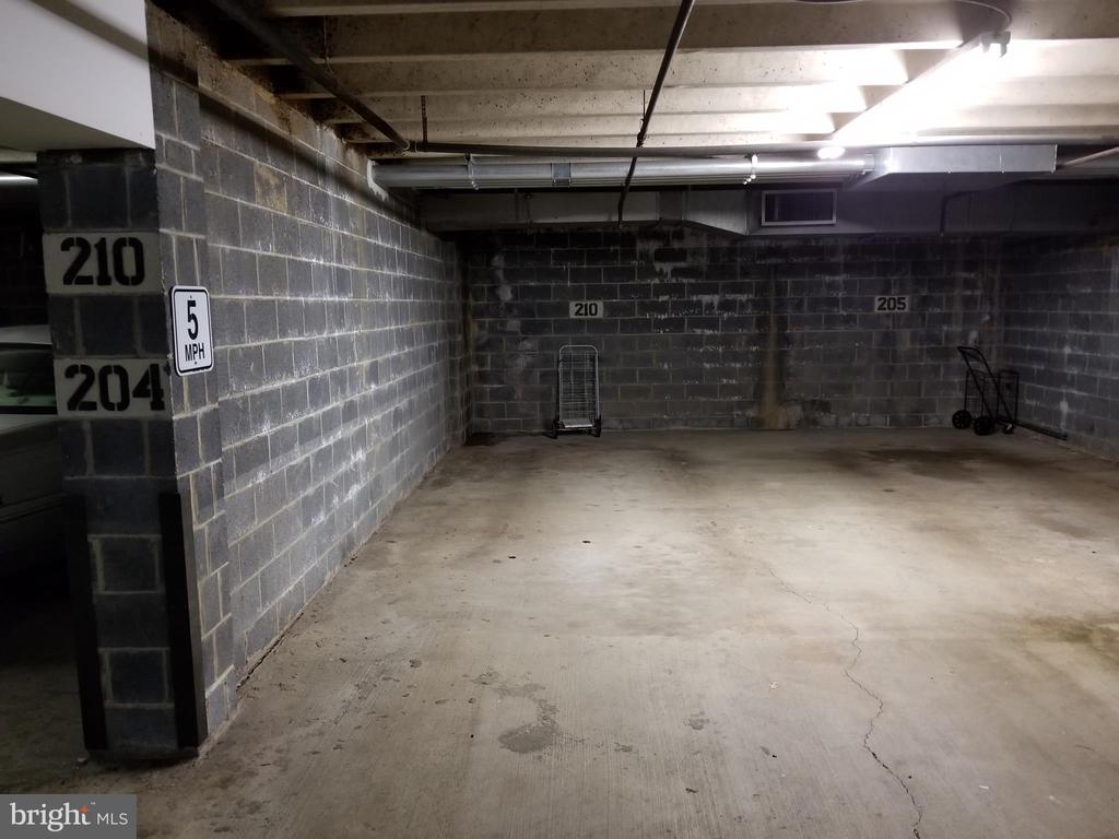 Garage Parking Space - 10300 BUSHMAN DR #210, OAKTON