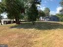 Large front yard - 9714 BRENTSVILLE RD, MANASSAS