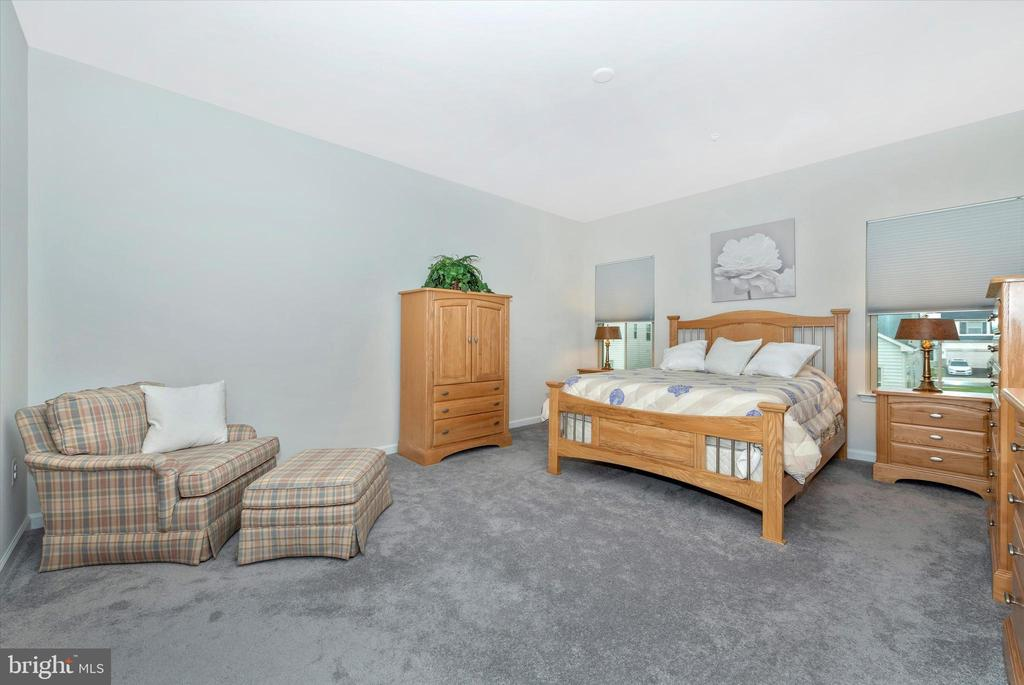 Generous Master Suite has Lg. Walkin Closet! - 5944 DUVEL ST, IJAMSVILLE