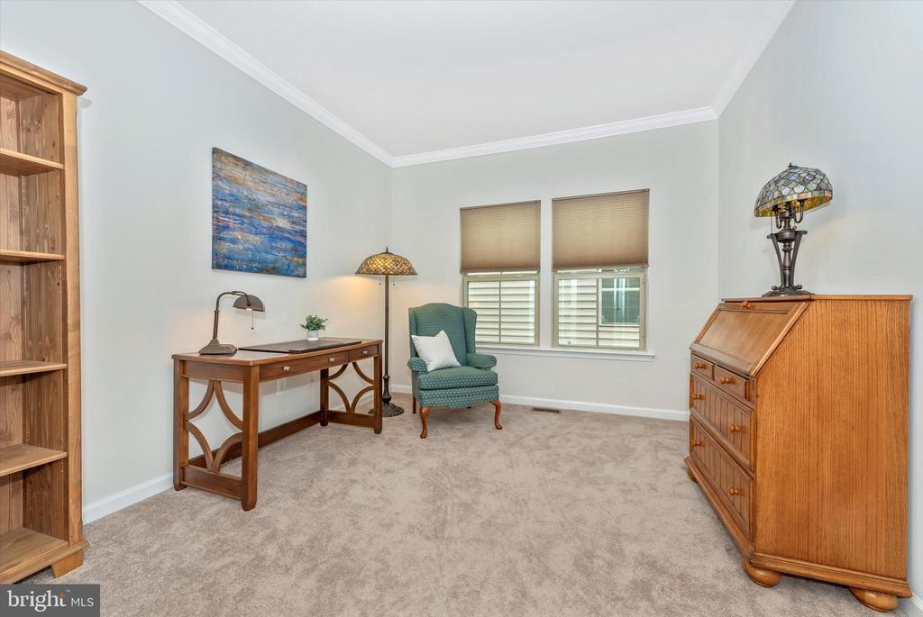 First Floor office/bedroom - 5944 DUVEL ST, IJAMSVILLE