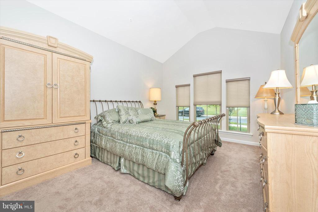 Addlt. First Floor Bedroom - 5944 DUVEL ST, IJAMSVILLE