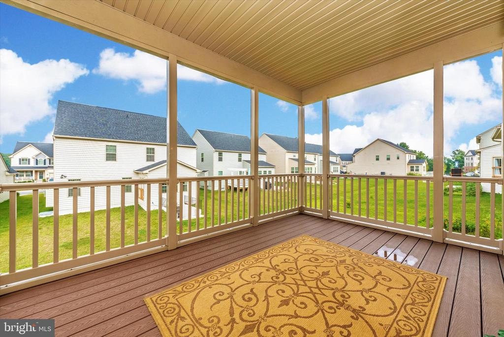 Enjoy Cool Breezes on Your Screened Porch - 5944 DUVEL ST, IJAMSVILLE