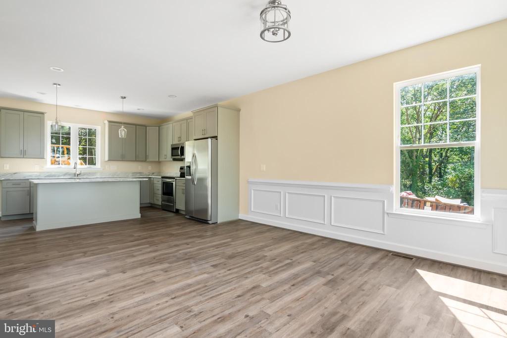 Kitchen/dining room - 173 WHITE OAK ROAD, FREDERICKSBURG