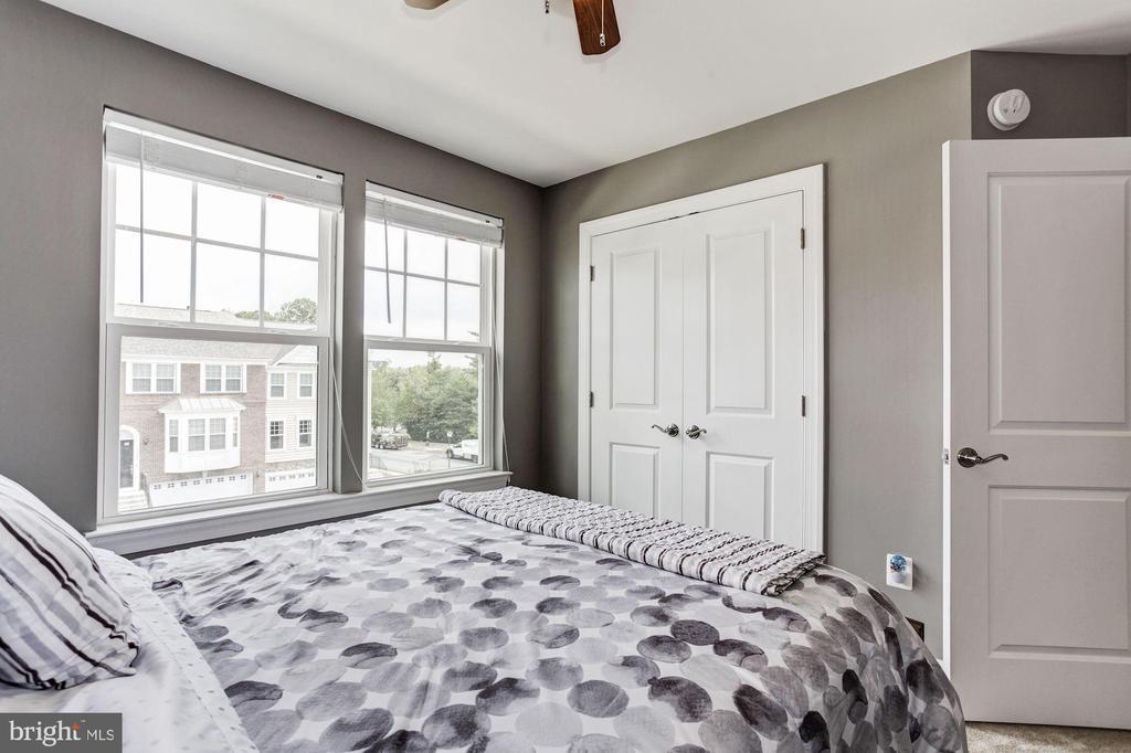 Guest bedroom - 16684 DANRIDGE MANOR DR, WOODBRIDGE