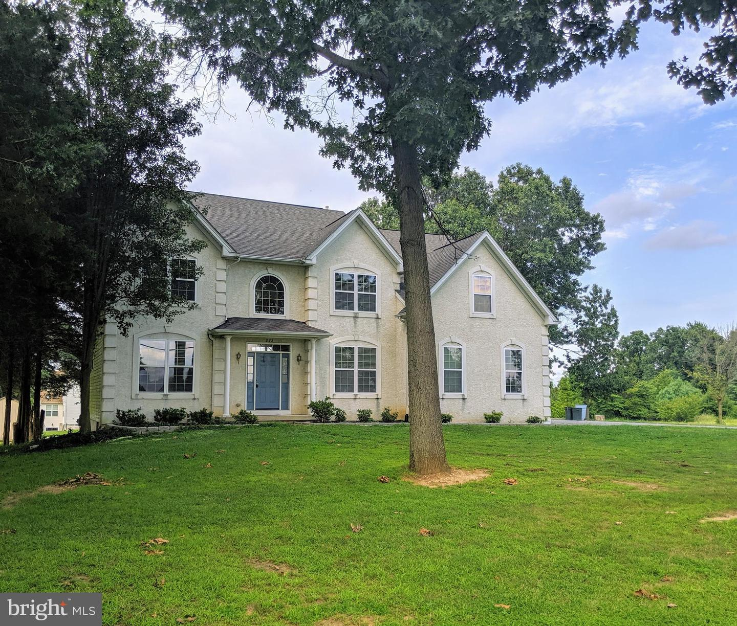 Single Family Homes for Sale at Mickleton, New Jersey 08056 United States