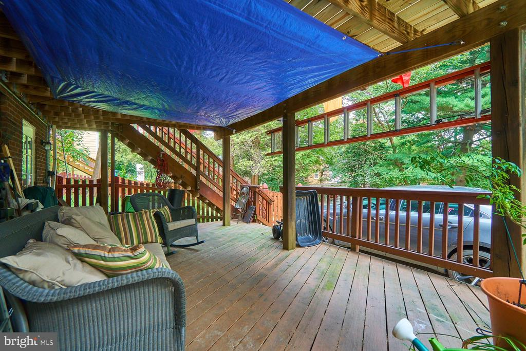Patio under Deck Provides Another Place to Relax - 1901 N GLEBE RD, ARLINGTON