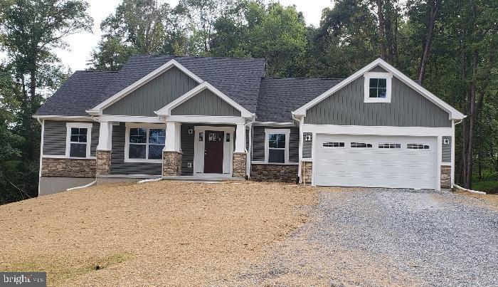 Single Family Homes 용 매매 에 Shenandoah Junction, 웨스트버지니아 25442 미국