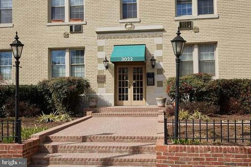 3022 WISCONSIN AVE NW #107
