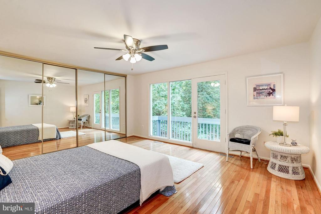Master Bedroom with Private Balcony - 12387 COPENHAGEN CT, RESTON