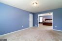Separate sitting room in master suite - 212 WOOD LANDING RD, FREDERICKSBURG