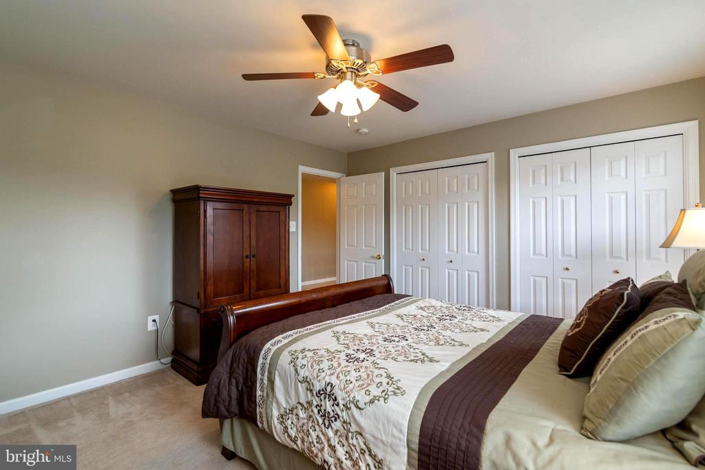 Lots of closet space for all your clothing! - 212 WOOD LANDING RD, FREDERICKSBURG
