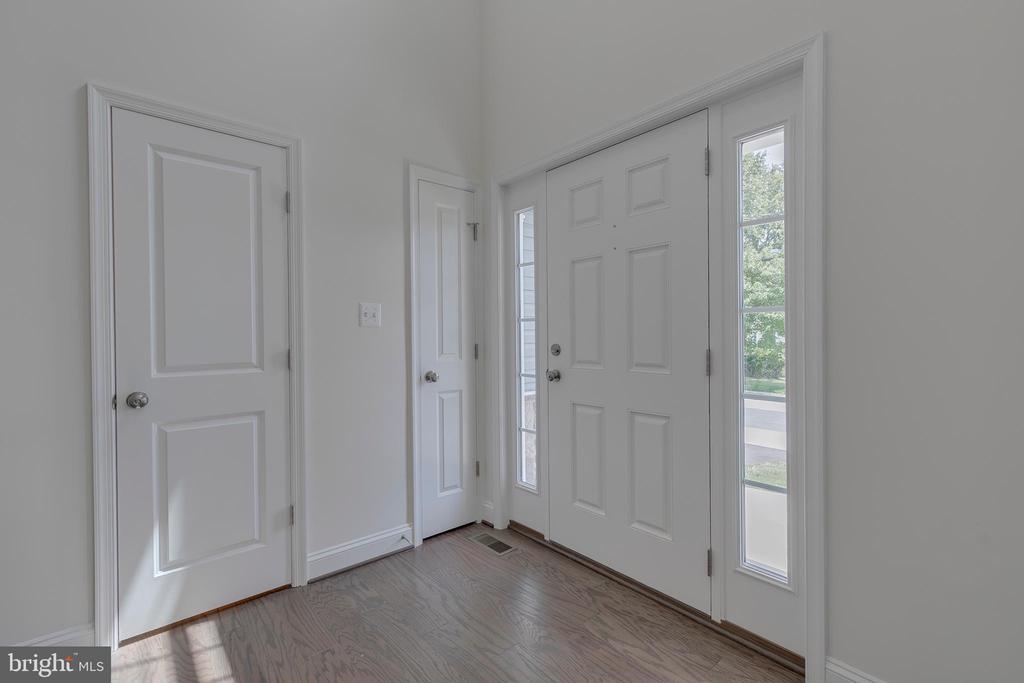 Foyer - 10932 HILLTOP, COLUMBIA