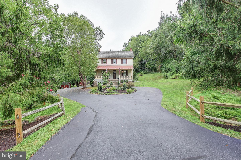 Single Family Homes pour l Vente à Barnesville, Maryland 20838 États-Unis