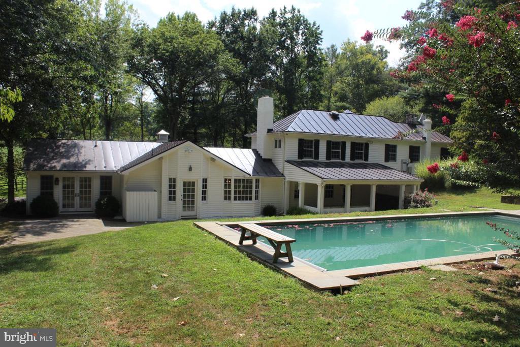 Pool - 22156 POT HOUSE RD, MIDDLEBURG