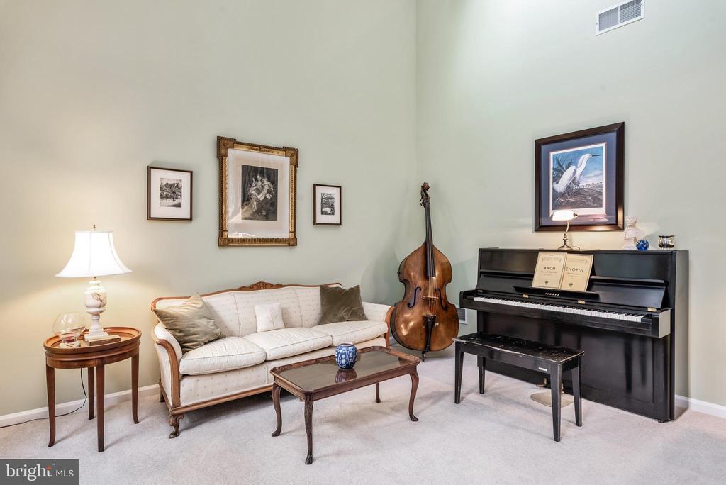 Living Room - 43718 MIDDLEBROOK TER, ASHBURN