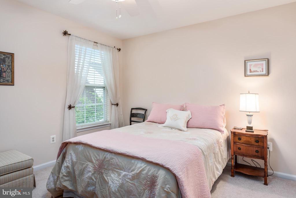 Upper Level Bedroom #3 - 43718 MIDDLEBROOK TER, ASHBURN