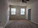 Main Level In-Law Suite w/ FullBath & w/i Closets - 3985 WHIPS RUN DR, WOODBRIDGE