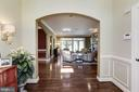 Two story entry foyer - 14608 CROSSWAY RD, ROCKVILLE