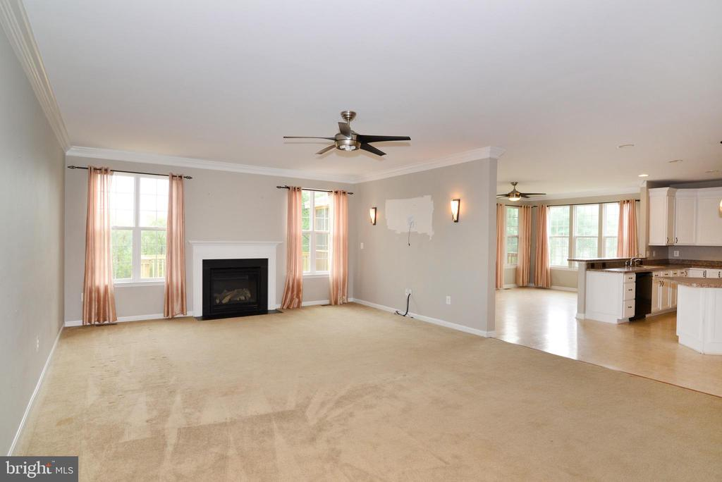 Extended Family Room with Fireplace - 16901 EVENING STAR DR, ROUND HILL