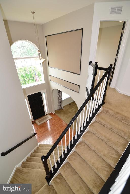 Two story Foyer main level view - 16901 EVENING STAR DR, ROUND HILL