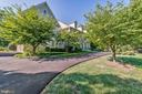 Circular driveway for plenty of parking - 1353 WOODSIDE DR, MCLEAN