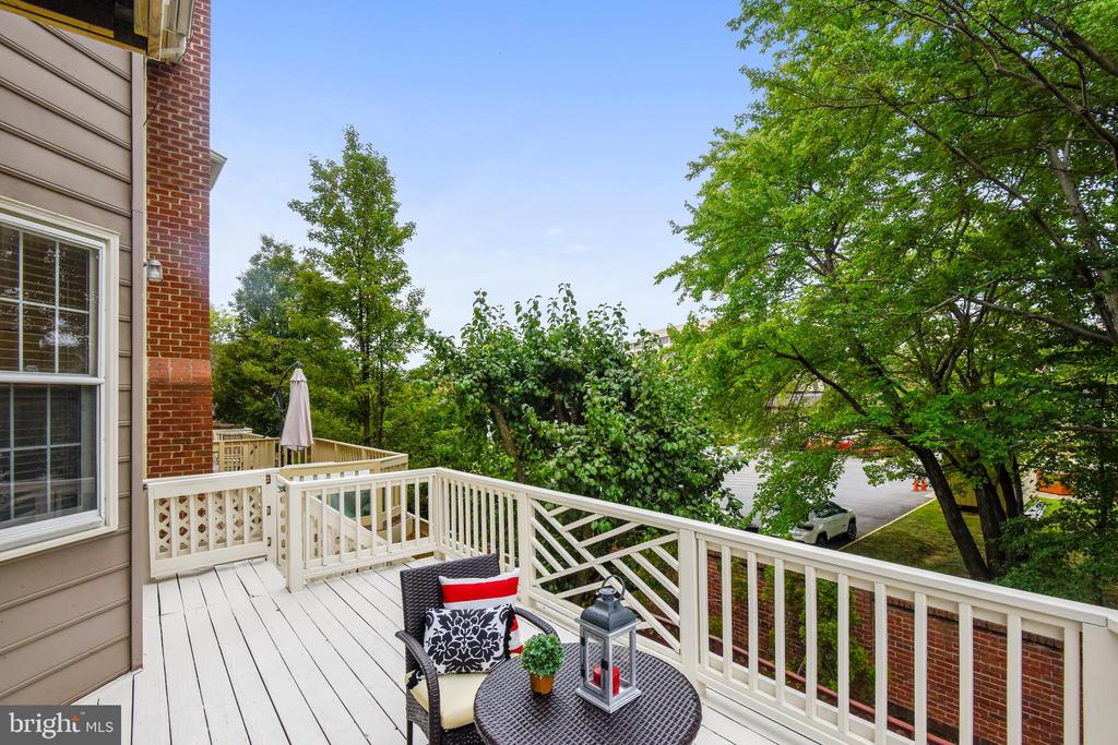 Deck off kitchen for evening relaxation or coffee. - 8158 BOSS ST, VIENNA