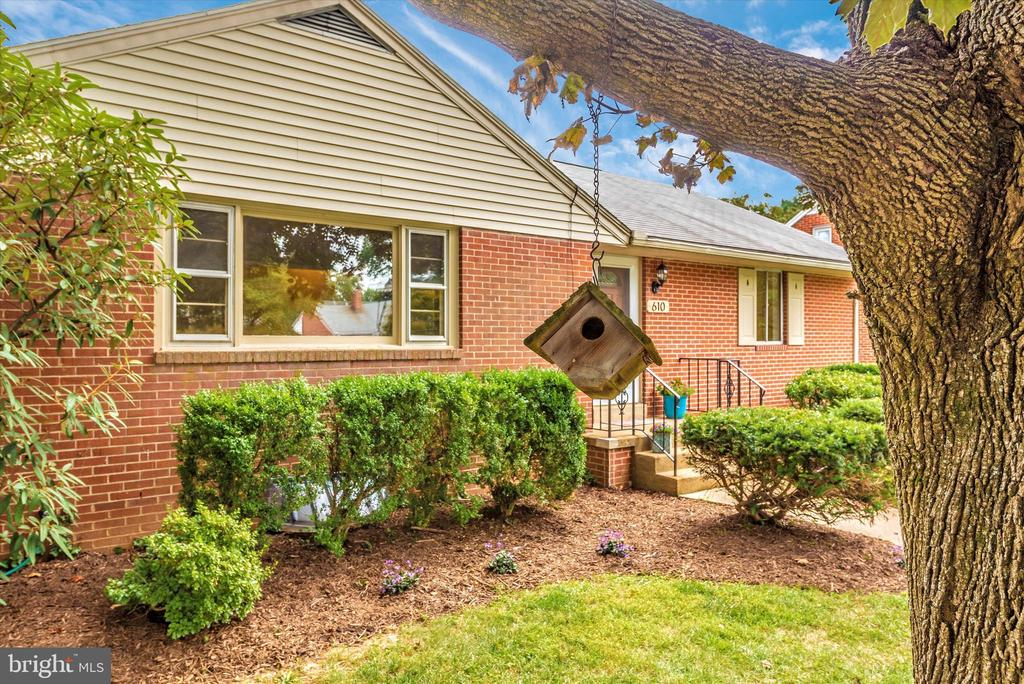 Such a cute home. - 610 SCHLEY AVE, FREDERICK