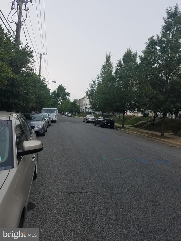 Street Scene - 3275 15TH PL SE #202, WASHINGTON