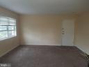 Living Room - 3275 15TH PL SE #202, WASHINGTON