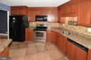 Greensboro kitchen 3rd photo - 8340 GREENSBORO DR #814, MCLEAN