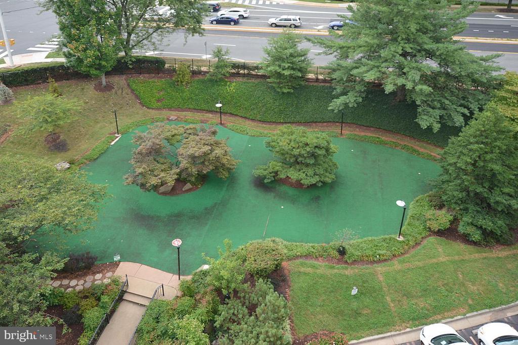 Greensboro view photo - 8340 GREENSBORO DR #814, MCLEAN