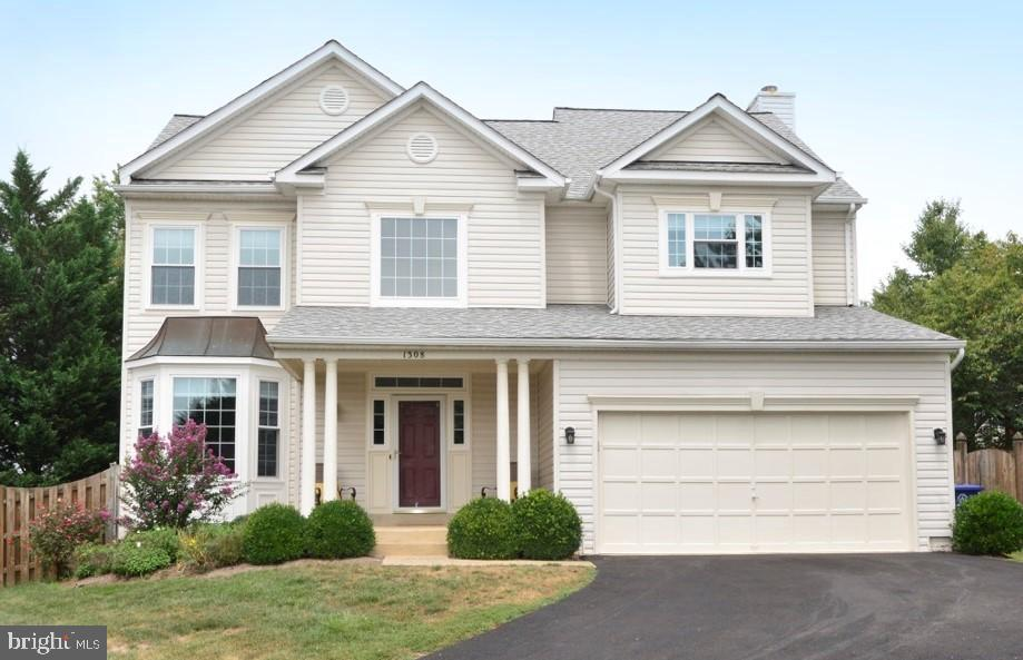 Welcome Home!! - 1308 FEATHERSTONE LN NE, LEESBURG