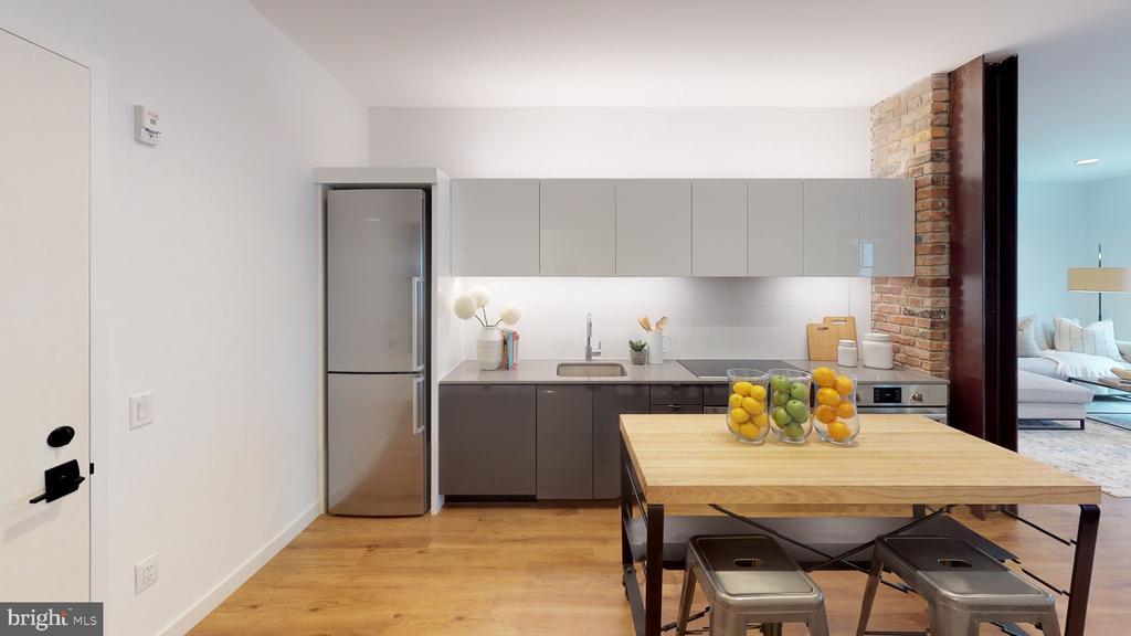 Minimal and sleek kitchen w/ Bosch appliances - 57 N ST NW #H-306, WASHINGTON