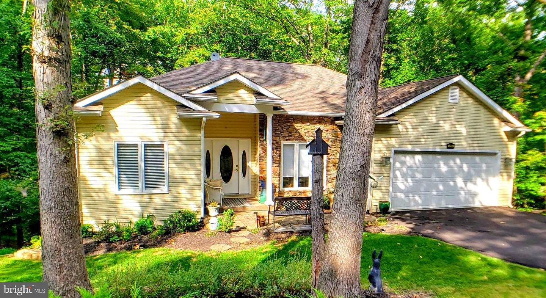 Single Family Homes للـ Sale في Cross Junction, Virginia 22625 United States