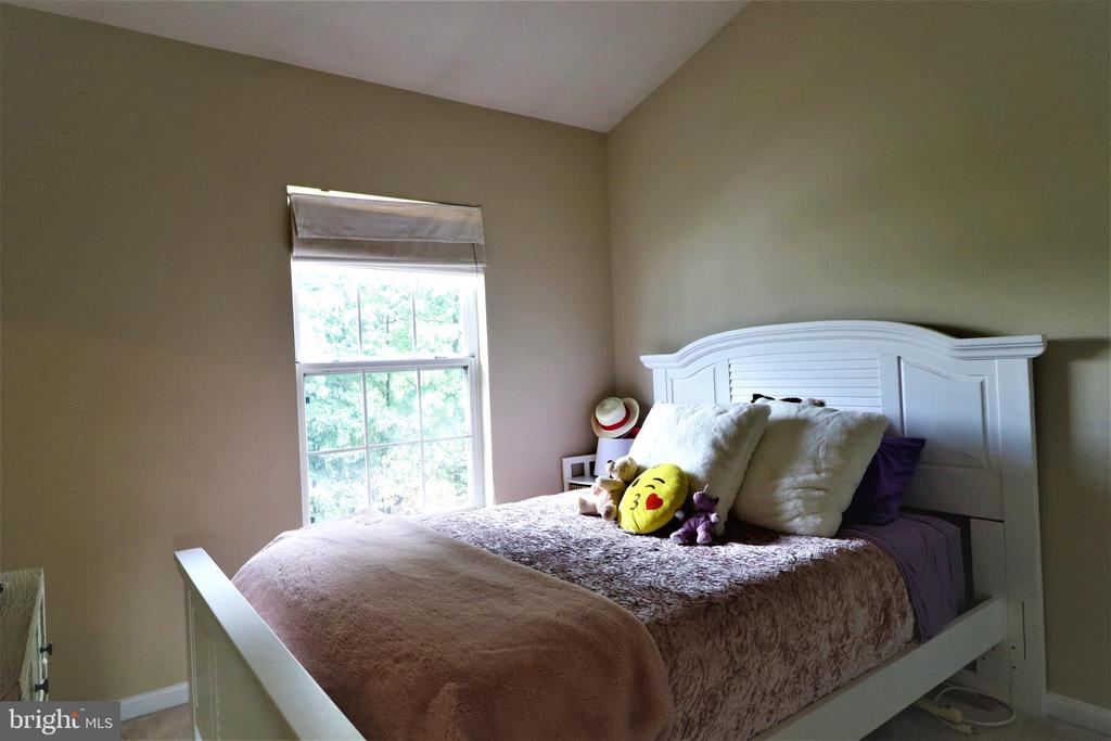 Bedroom 2 - 12023 EDGEMERE CIR, RESTON