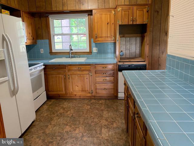 Main Kitchen - 9714 BRENTSVILLE RD, MANASSAS
