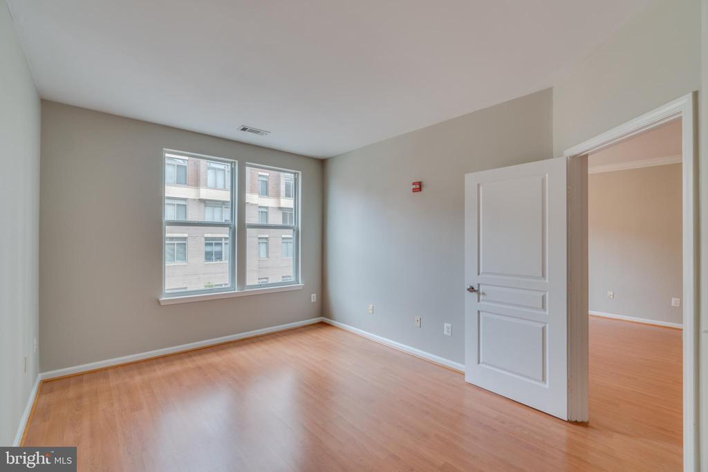 Master Bedroom with lots of bright light - 12000 MARKET ST #254, RESTON