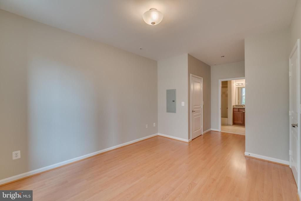 2nd Master bedroom - 12000 MARKET ST #254, RESTON