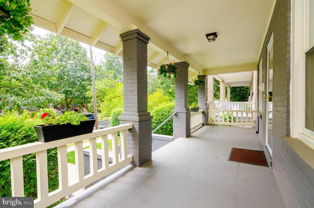Lovely front porch - 1307 LONGFELLOW ST NW, WASHINGTON
