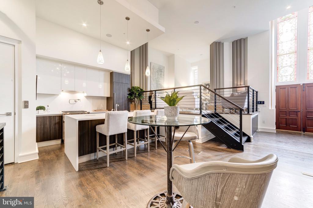 Living area - 609 MARYLAND AVE NE #6, WASHINGTON