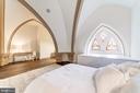 Master bedroom - Original Church Arches - 609 MARYLAND AVE NE #6, WASHINGTON
