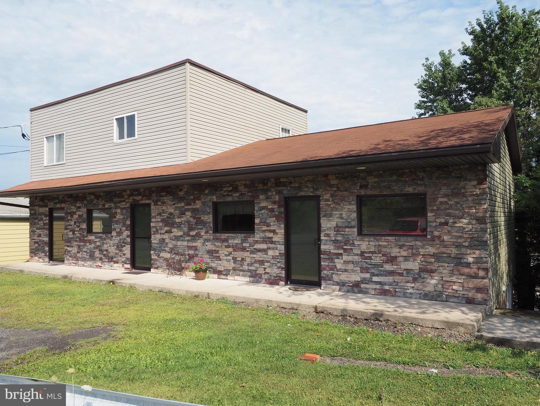 Multi Family for Sale at Delano, Pennsylvania 18220 United States