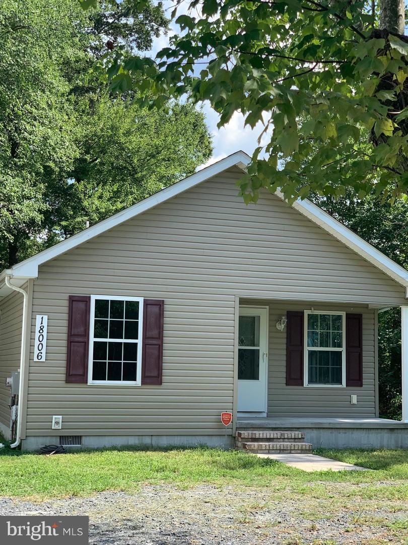 Single Family Homes pour l Vente à Ellendale, Delaware 19941 États-Unis