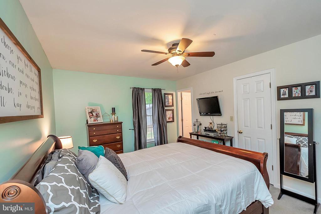 Master Bedroom - 11800 ASHWOOD CT, LOCUST GROVE