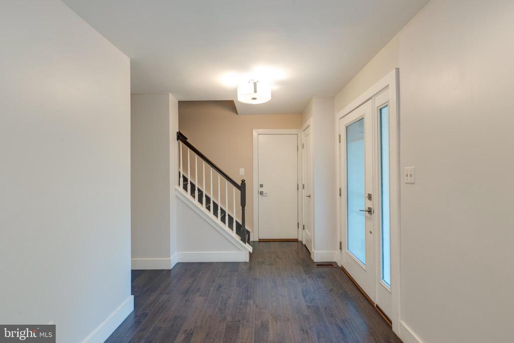 Foyer - 8 IDYLWOOD PL, STAFFORD