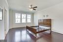 Master bedroom on the 3rd floor-wood floors - 24556 ROSEBAY TER, ALDIE